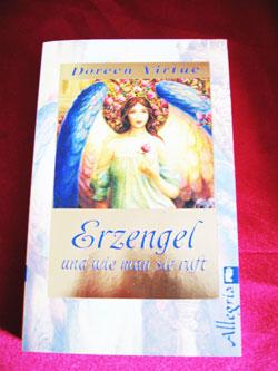 """Buchempfehlung: """"Erzengel und wie man sie ruft"""" von Doreen Virtue"""