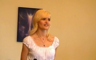 Vortrag mit Sabrina DiAngelo beim Indigo- und Kristallkinderkongress 2011